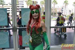 "SDCC - 012 • <a style=""font-size:0.8em;"" href=""http://www.flickr.com/photos/118682276@N08/14792042423/"" target=""_blank"">View on Flickr</a>"